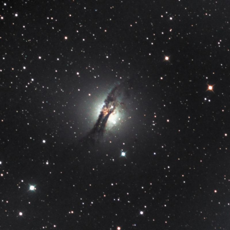 NGC 5128 Centaurus A Galaxie 1 800x800 - Galaxien