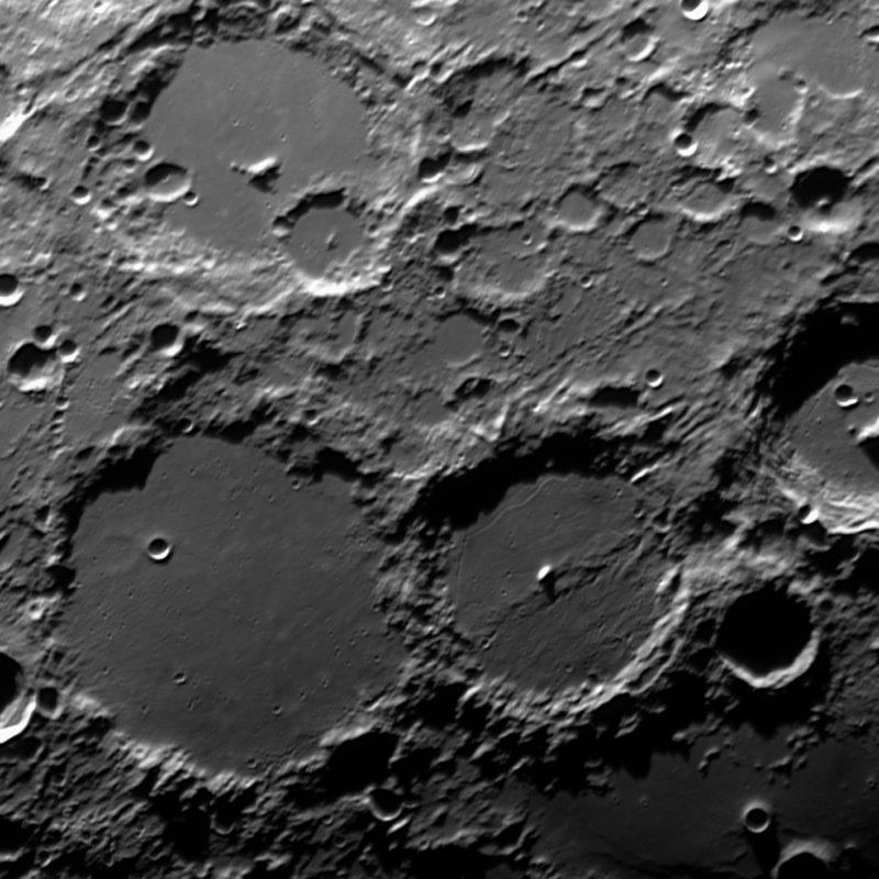 Ptolemaeus et al.mitwz  800x800 - Mond