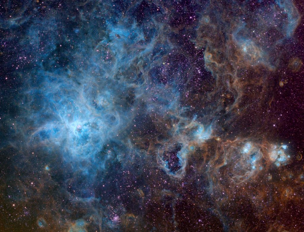 Tarantula Field NGC 2070ps 1024x780 - Tarantelnebel